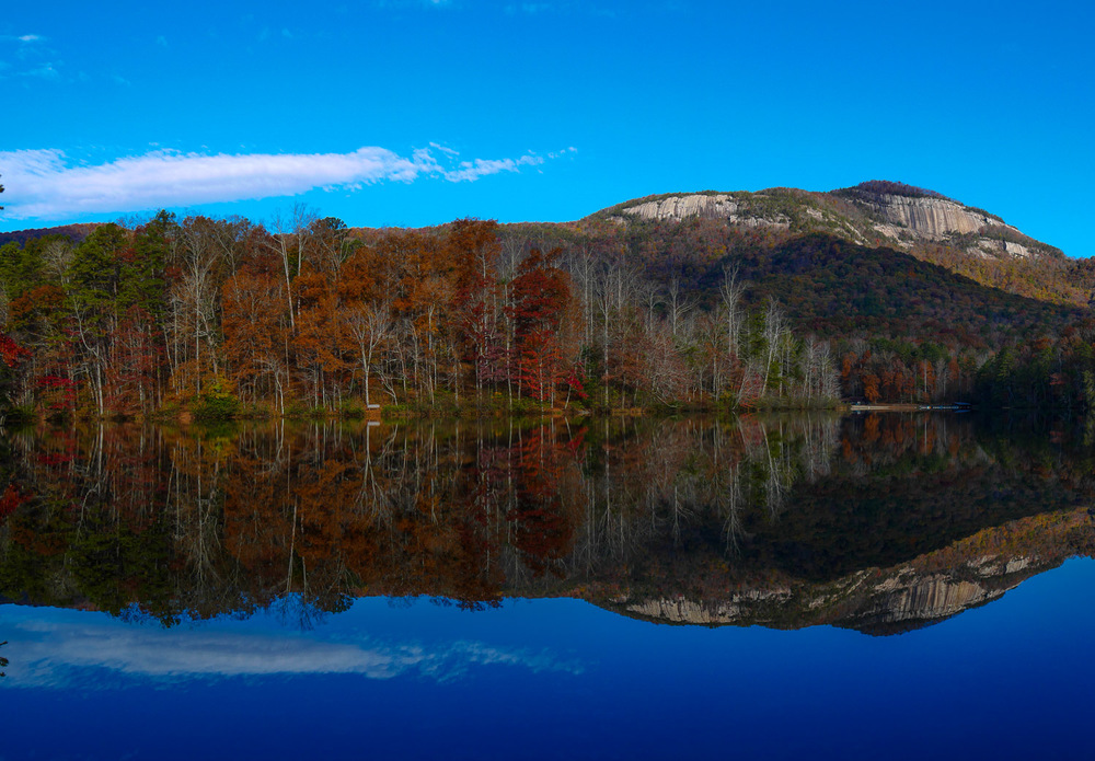 Table Rock Reflection at Pinnacle Lake
