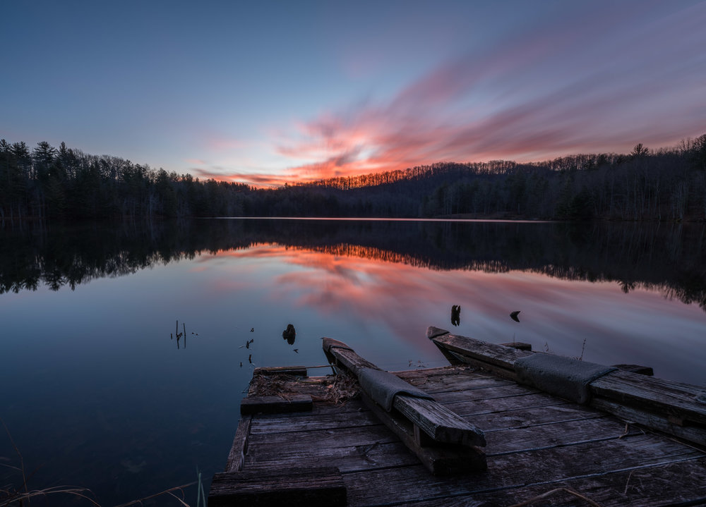 16mm, 0.8 sec at f/16, ISO 100, + Sony Smooth Reflections App