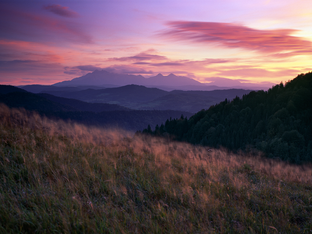 Capture: Pieniny, Camera: Linhof Techno, Lens: Rodenstock 90mm, Film: Fuji Velvia 50, Filters: Lee ND Graduated 0.6