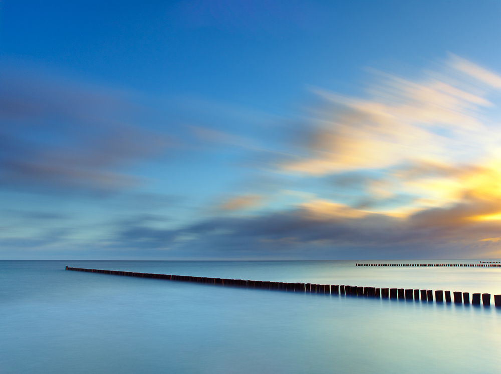 Capture: Sea & Skies, Camera: Hasselblad H1, Lens: 35mm, Film / Digital: Phase One IQ140, Exposure: 45s, Aperture: f/8, ISO: 50, Filters: Lee ND Graduated 0.6, Lee Big Stopper ND