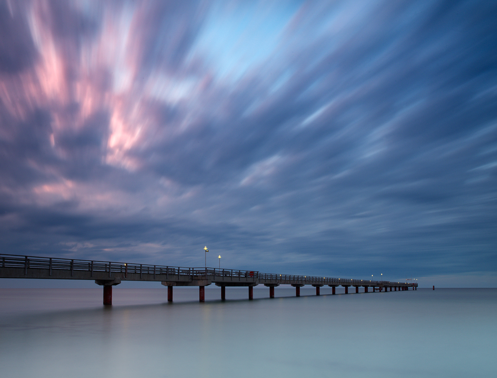 Capture: Pier & Skies, Camera: Hasselblad H1, Lens: 35mm, Film / Digital: Phase One IQ140, Exposure: 64s, Aperture: f/18, ISO: 50, Filters: Lee ND Graduated 0.6