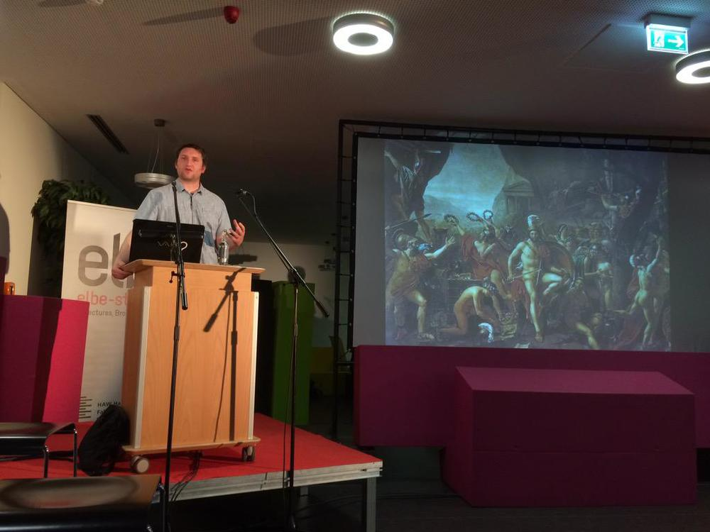 Dr Tomas Rawlings at PLAY15. Image courtesy of Games Ringvorlesung.