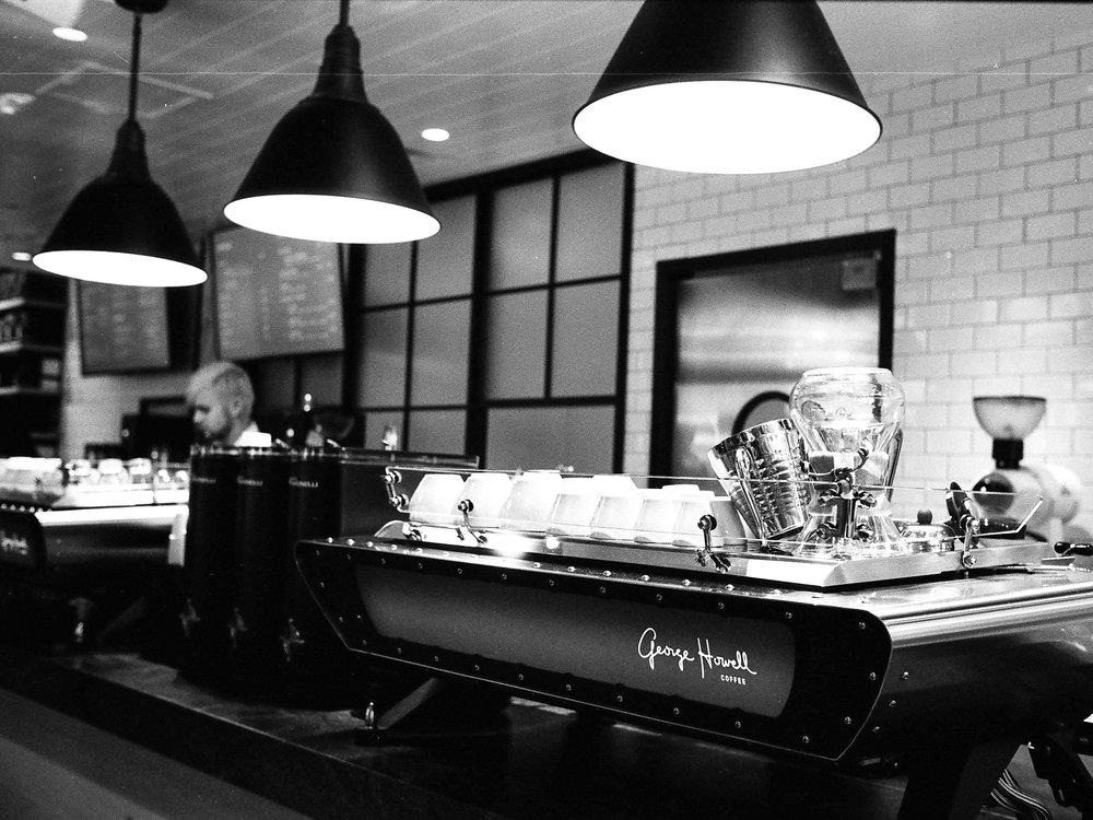 LeicaM6_IlfordHP5-26.jpg