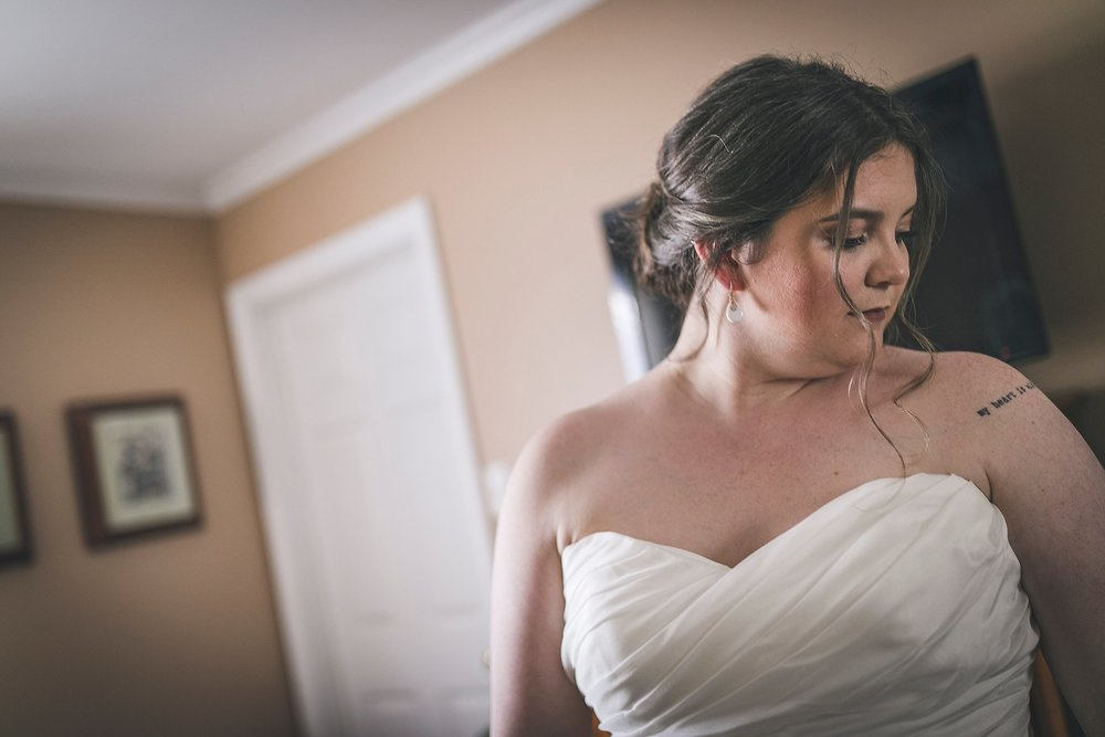 Bride prepares for her Newfoundland wedding in St. John's