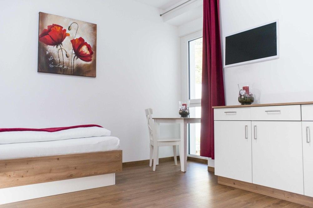 Zimmer-y-3.jpg