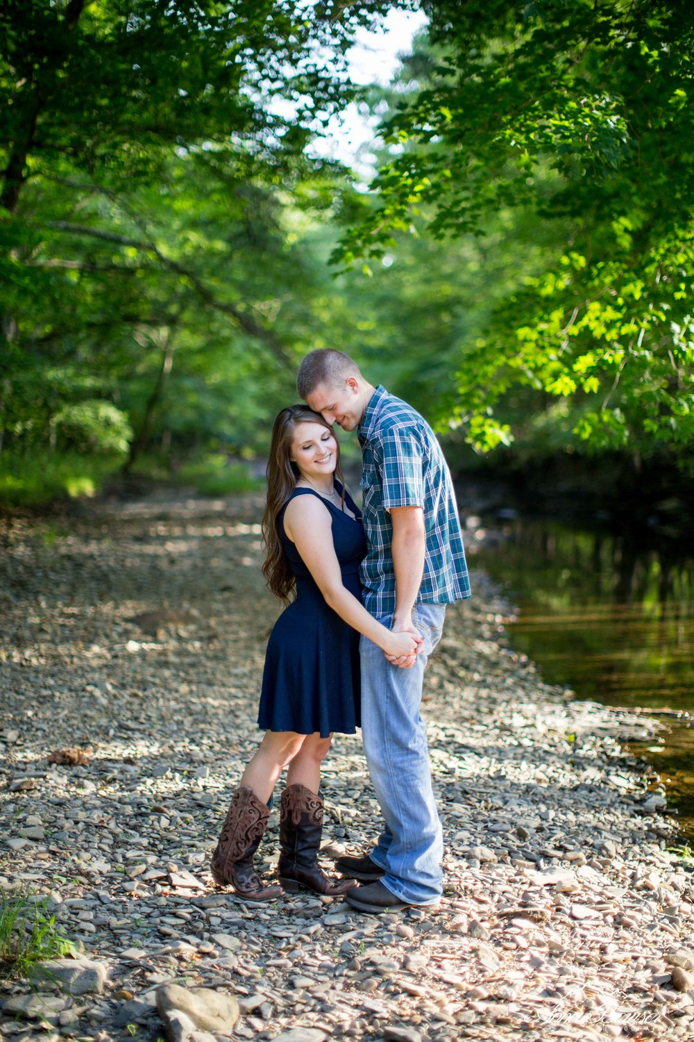 mountainengagement-annabowserphotography-virginiaengagementphotographer-20.jpg