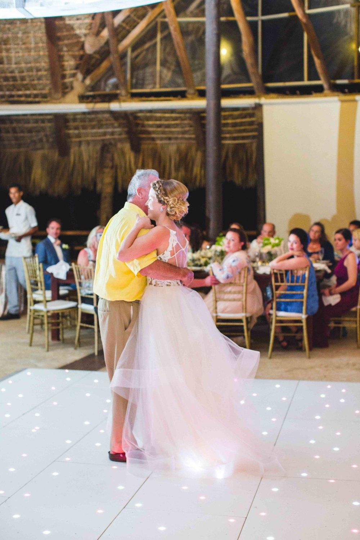 punta-cana-dominican-republic-wedding-photographer-171.jpg