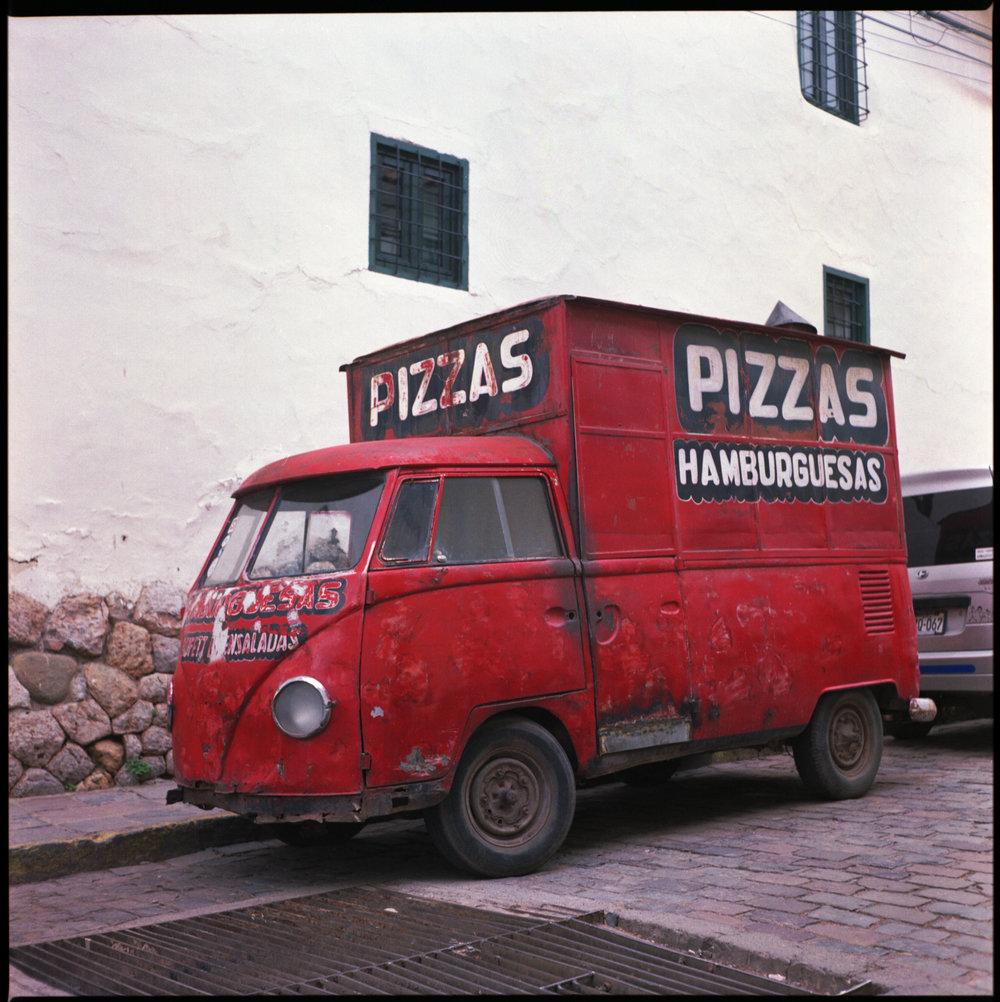 VWPizzaBus.jpg