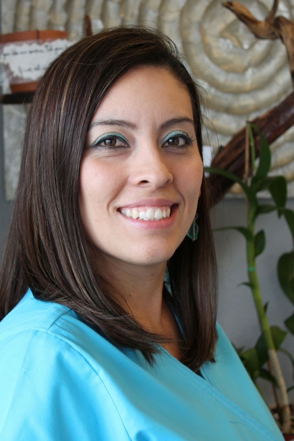 Monica, Dr. Nguyen V. Nguyen, DMD DDS, Magnolia Dental, Dentist, Orlando, Waterford Lakes, Avalon Park, Alafaya, Colonial, Cosmetic, Family, Pediatric, Implant, Braces, Orthodontics, Best, Cone beam CT, Emergency, Dentures, Veneers, Zoom Whitening