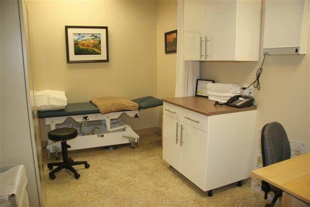 clinictreatmentroom.jpg