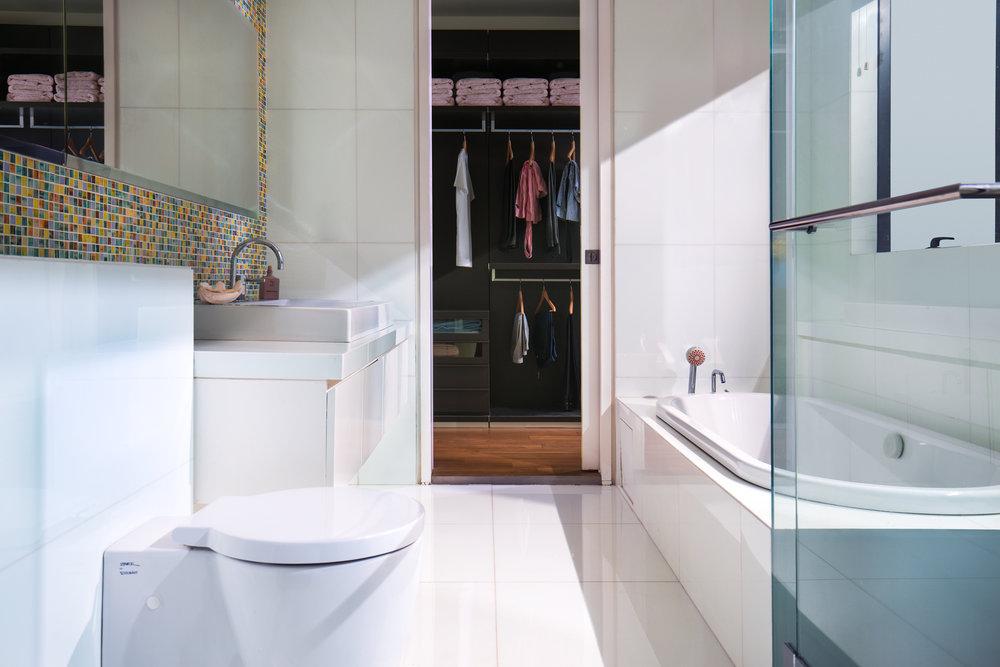 Toilet-V2.jpg