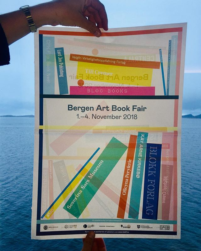 Art Book Fair with an arctic view! In collaboration with the fantastic @coastcontemporary we exhibit artist's books and zines from this years book fair lineup, and we hightlight some of our favorite Nordic publishers: @heavybooks @lodretvandret & @mondo_books (stay tuned for more updates!) 📚