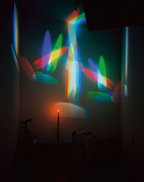 64abb7bf5e842a904a9b2f344ce7d0a5--nam-june-paik-light-installation.jpg