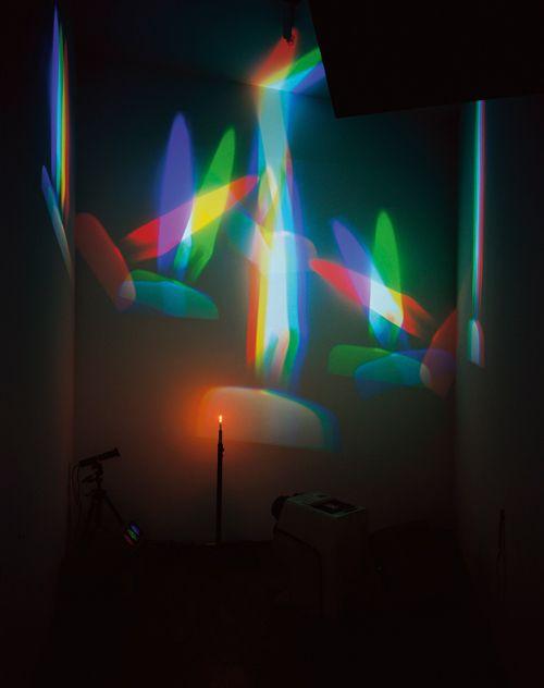 64abb7bf5e842a904a9b2f344ce7d0a5--nam-june-paik-light-installation.jpg