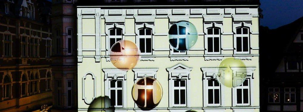 projection-mapping-fassadenprojektion-fashion-plaza-hoeker-fest-2012-tnl-9-001.jpg