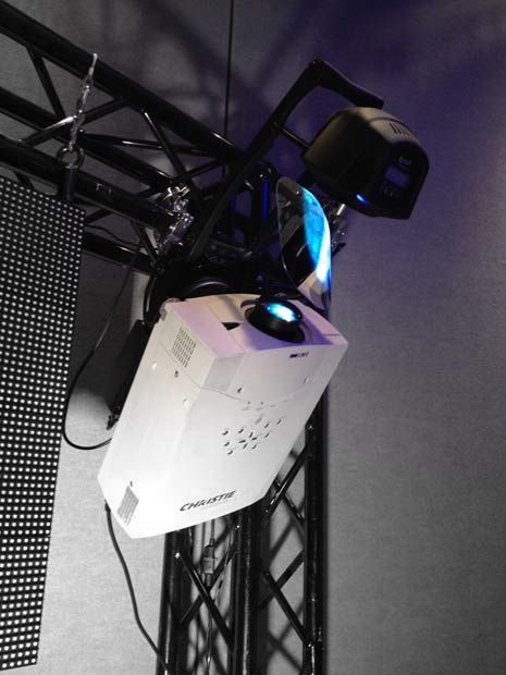 1881b02ae8ff5e4c44f0653ff754626f--projectors-exhibitions.jpg