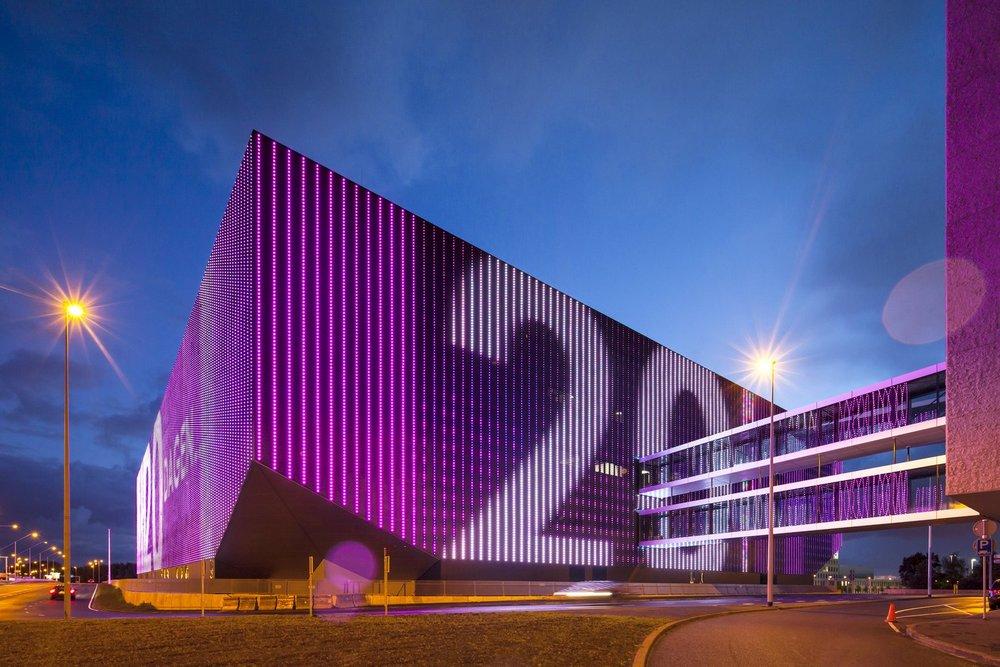 荷蘭阿姆斯特丹擁有17000個座位的多功能室內舞台。