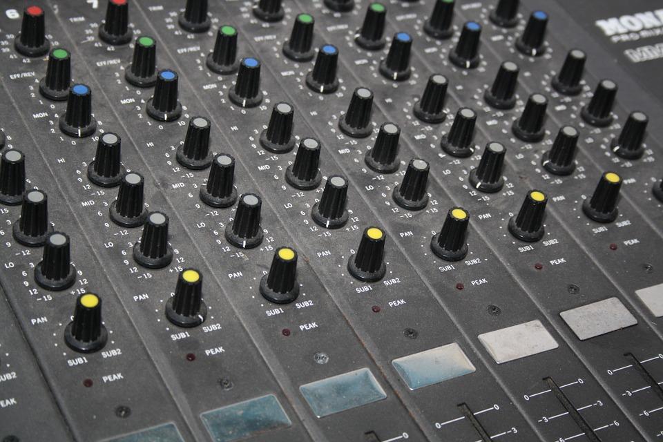 mixer-931965_960_720.jpg