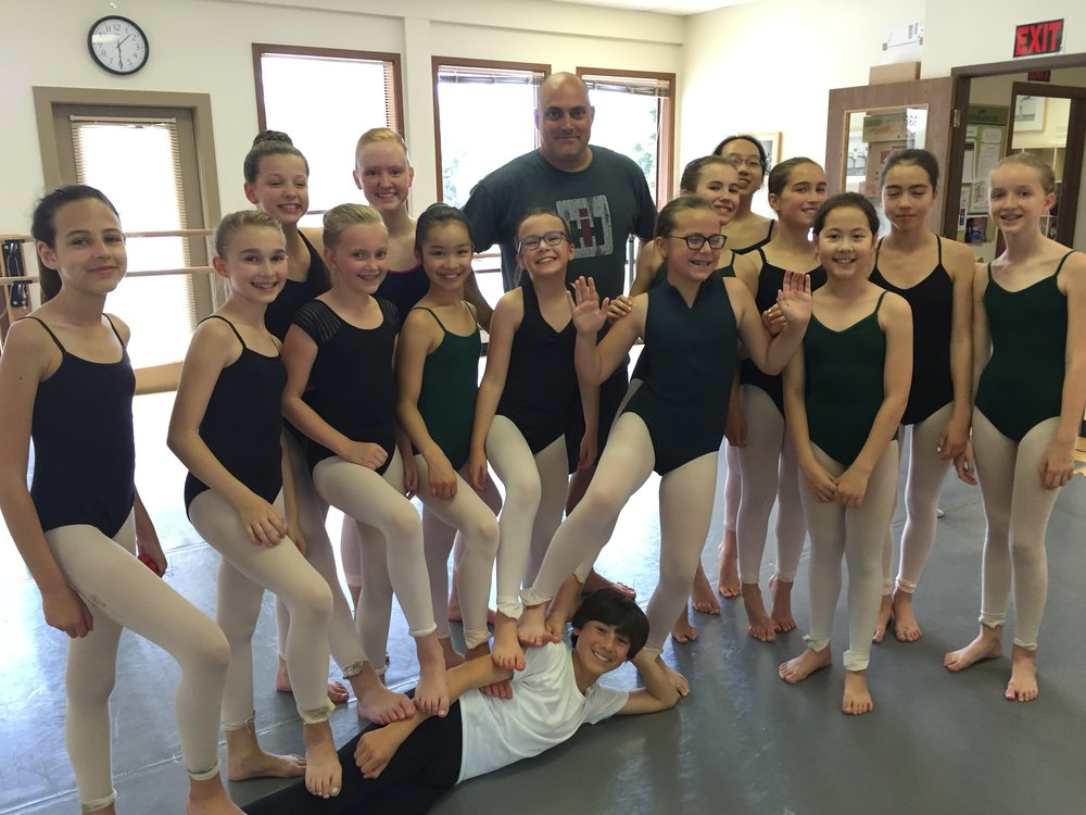 Daniel Wilkins will teach during Session 1 (July 10-14) of Ballet Intensive.