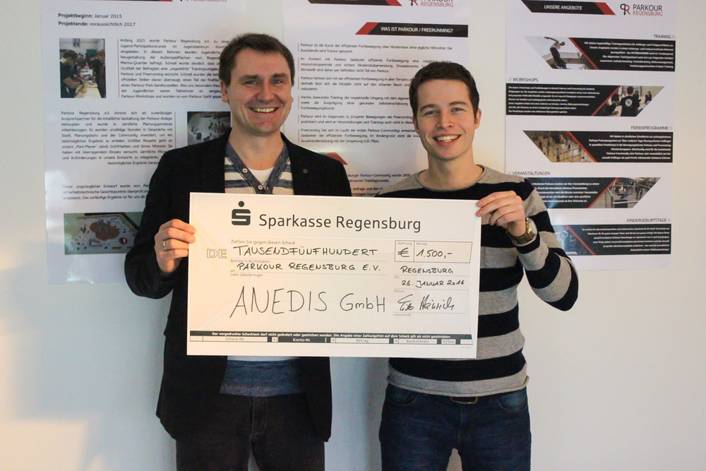 Tilo Heinrich (GeschäfTsführer ANEDIS GmbH), Max Rieder (1. Vorsitzender Parkour Regensburg e.V.)