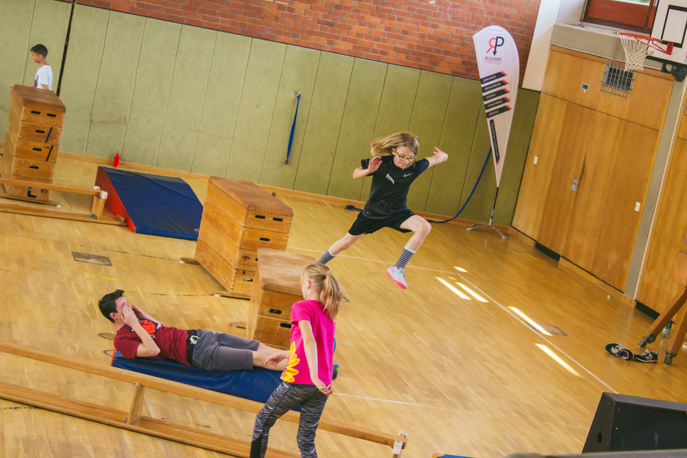 Adventure Movements Parkour Ferienkurs August 2016-46.jpg