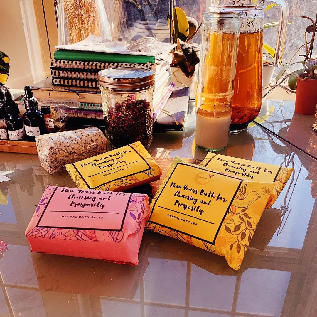 Spiritual Bath Tea for Cleansing and Prosperity — Evolve