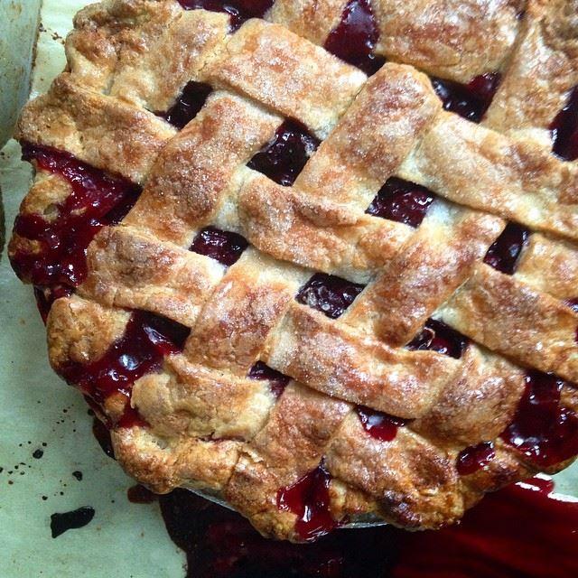 dough mama sour cherry pie