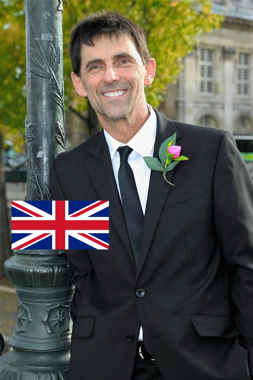 me with flag.jpg