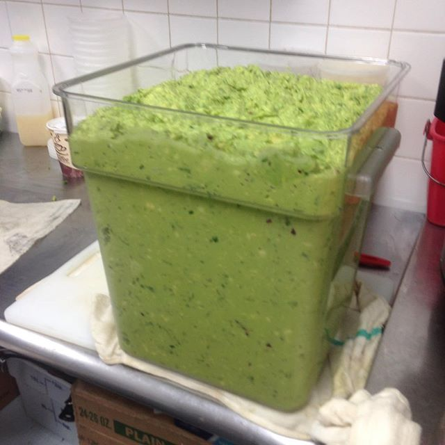 Ok Thursday, now we're ready for you! #guacfordays #guacamole #fresh