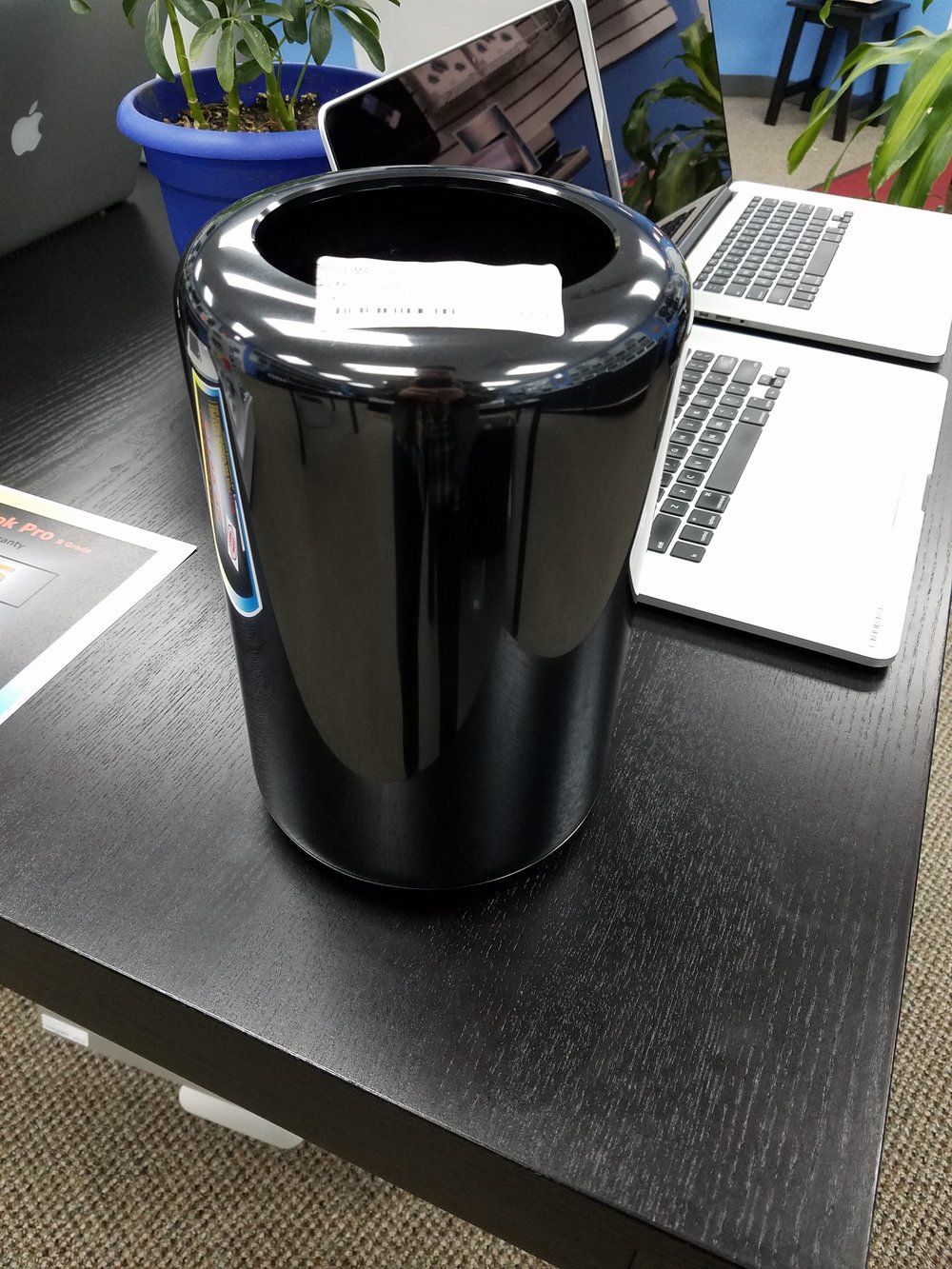 Apple Mac Pro.jpg