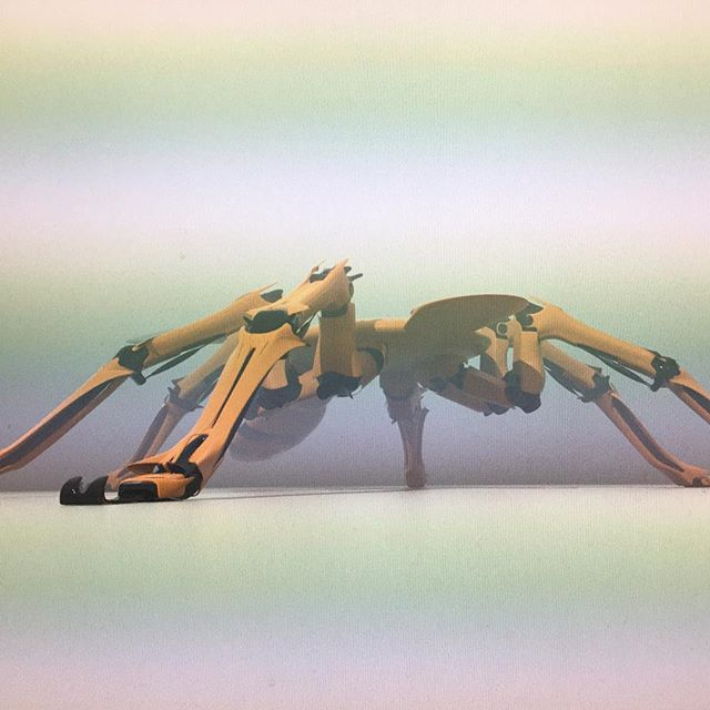 #wip #screenshot #wasp #robot #robotdesign #design #digitalart #conceptart #vehicle #vehicledesign #conceptart #conceptdesign #hexapod progress starting to model what i drow out on the last one.