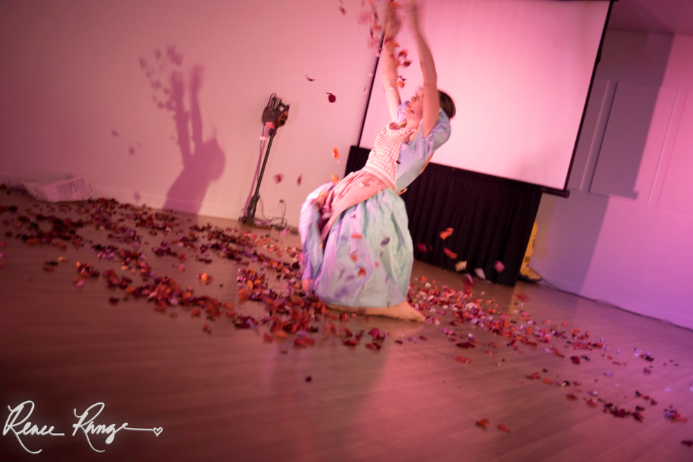 """Vacuum"" performance from the Alya Howe residency"