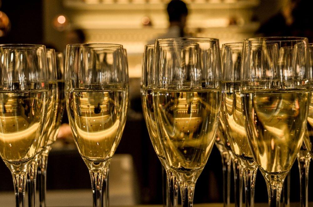Optimized-2016-ceremony-champagne-3941.jpg