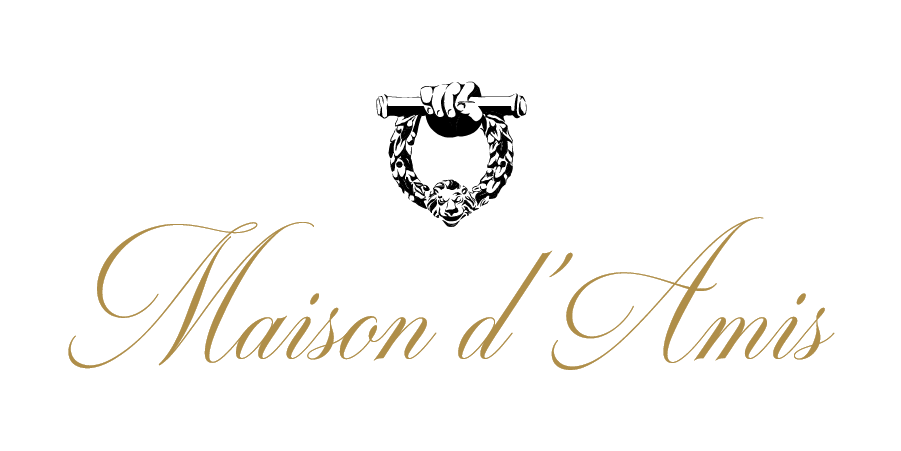 Maison d'Amis_Gold Name_DoorKnocker Over Name-04-06.png