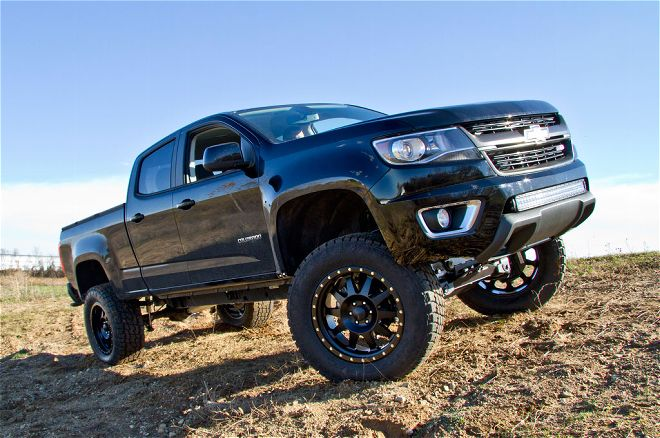 2015-chevrolet-colorado-bds-right-front-angle.jpg
