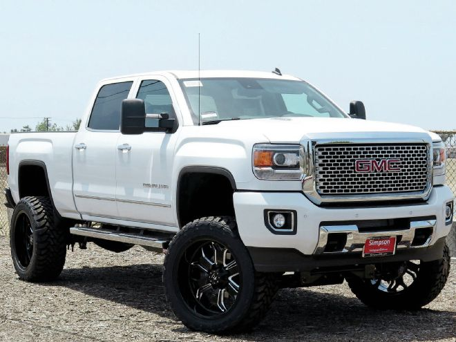 2015-gmc-sierra-2500hd-front-three-quarter.jpg