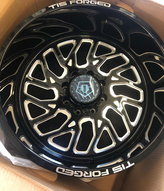 Oooooh, this is gonna be good. We're now an authorized dealer for @tiswheels Forged wheels. We aren't just a hitch store. Come see us and transform your ride. •••••••••••••••••••••••••••• #thtbuilt #notjusthitches #offroad #truckaccessories #performance #lift kits #suspension #dodge #dodgeram #ram2500 #truckparts #atxtrucks #austin #atxtrucks  #liftedtrucks