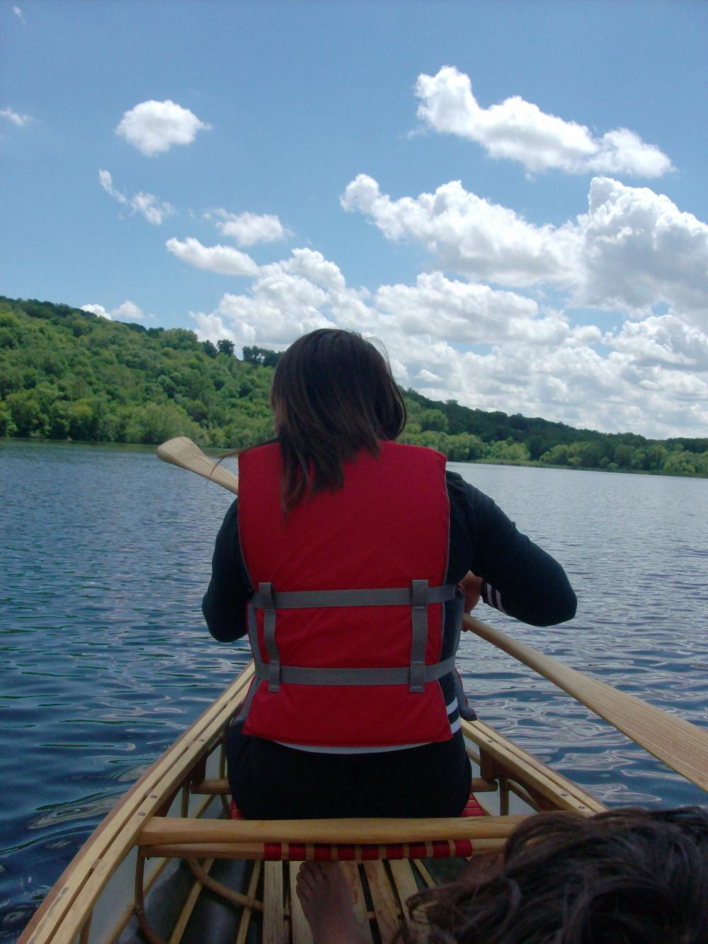 REA-MN-student-canoe.JPG