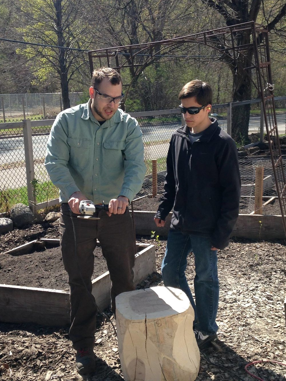 conservation-corps-mn-REA-students-build-bench-wood.jpg