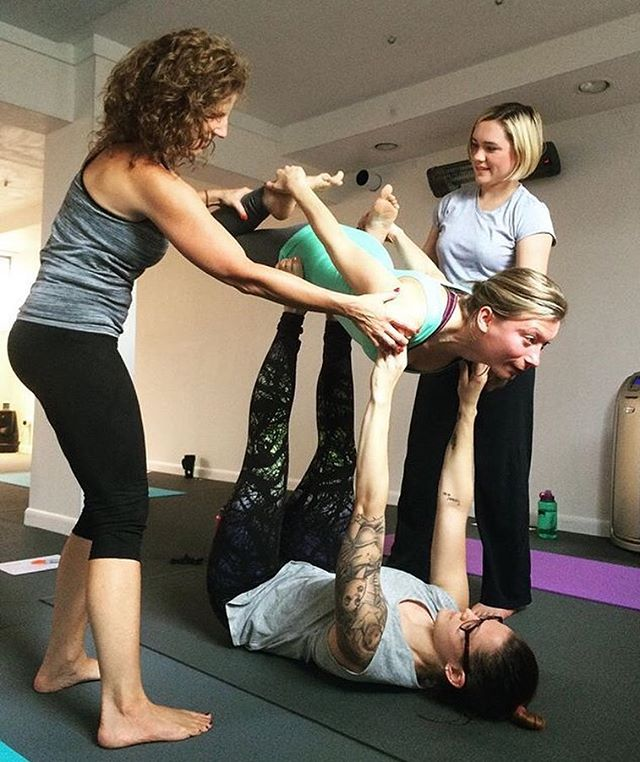 #tbt our first yoga teacher training, back in 2015 🌳 Sarah, Megan, Rhianna and Jesse practicing #acroyoga