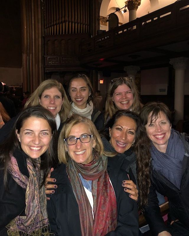 We had a fabulous road trip to NYC for a #kirtan with @krishnadasmusic 🕉 a #yoga class at @yogatothepeople 🧘🏼‍♀️ and some delicious food 🥒 #pickles. The best part of all is the time spent with (some of) our yoga-fam 💕  @tobeginoffwith @indyli__ @jackiekinsley @cornfarrell @daniellefountaine