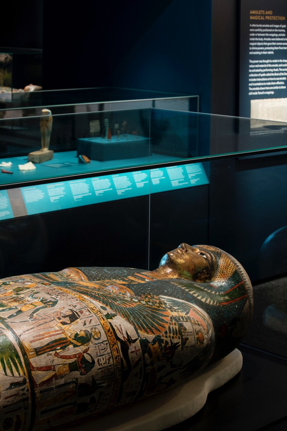 studioplusthree exhibition design egyptian mummies powerhouse british museum 06