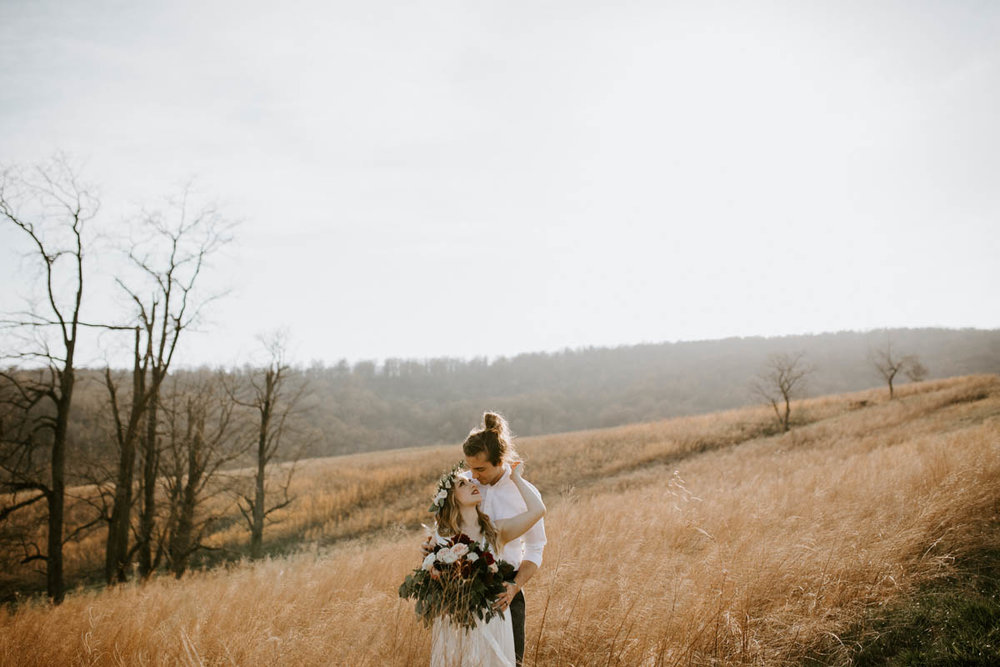 Lindsey Zern Photography_pittsburgh wedding photography_boho bride_boho wedding-1.jpg