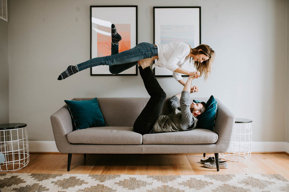Lindsey Zern Photography_in home session_engagement session_Washington DC-1.jpg