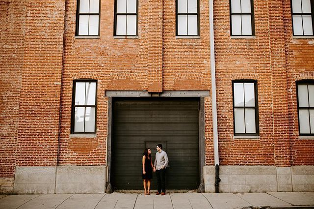 I love a good wide shot. Cool artistic perspective, a beautiful background, and the perks of not having the camera too close to your face because let's be honest that can sometimes be intimidating! . . . . . . #cityengagement #pittsburghengagementphotographer #pittsburghengagmentphotography #burghbrides #wideshot #pittsburghwedding #pittsburghweddingphotographer #pgh #pghphotographer #burghphotog #urbanphotoshoot #pittsburghengagementphotographer #pittsburghengagementsession #engagementphotos #steelcitygrammers