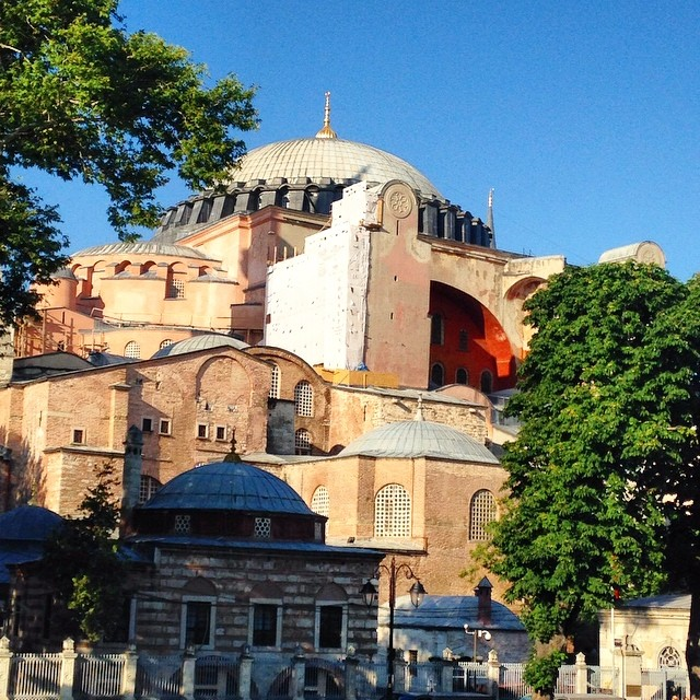 Look at that view, the gorgeous Hagia Sophia #beautiful #architecture #istanbul #turkey #comeseeturkey #reminiscing