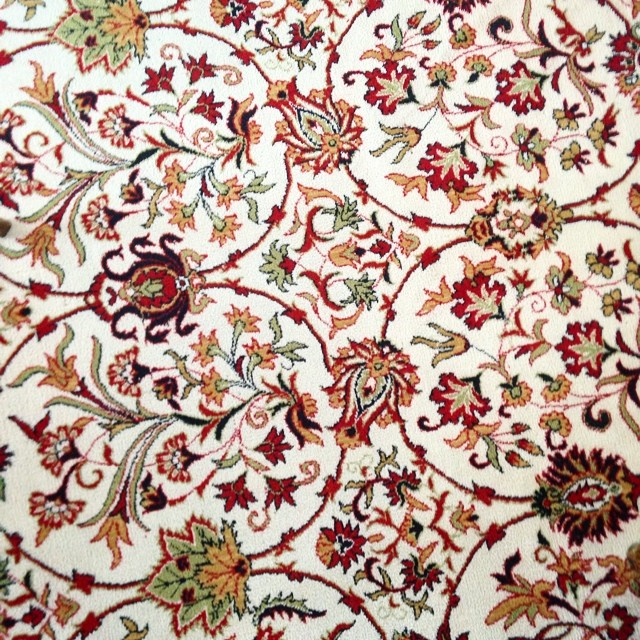 #turkish rug #patterns look at that detail  (at Alsancak)