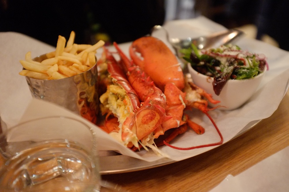 Burger & Lobster 01