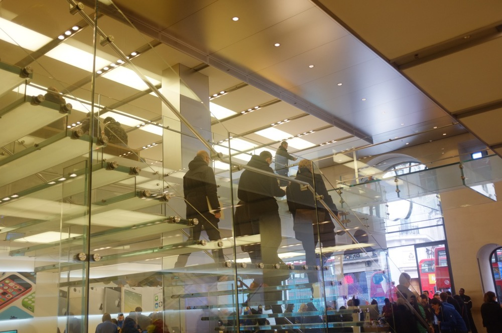 Apple Store - 5.jpg