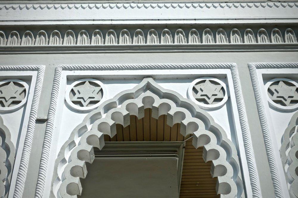 Masjid Zahir interior - 4.jpg
